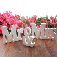 ONETOW Wedding decorations 3 pcs/set Mr & Mrs romantic mariage decor Birthday Party Decorations Pure White letters wedding sign